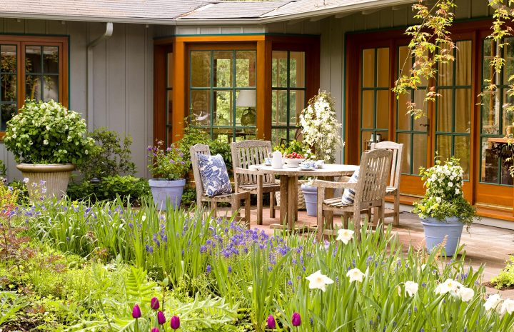 How to master landscaping and horticulture skills?